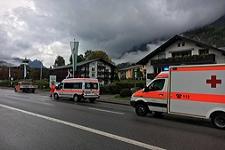 20.09.2017: Radfahrer fliegt über Motorhaube und wird leicht verletzt