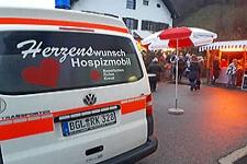 09.12.2018: Ramsauer Adventsmarkt spendet 5.000 Euro an das Herzenswunsch Hospizmobil der BRK-Bereitschaften