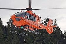 18.02.2020: 69-jähriger Skifahrer schlägt am Götschen mit Kopf auf Asphalt auf und wird schwer verletzt