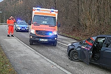 25.02.2020: 58-Jährige wird bei Verkehrsunfall auf dem Aufschleifer zur B21 mittelschwer verletzt